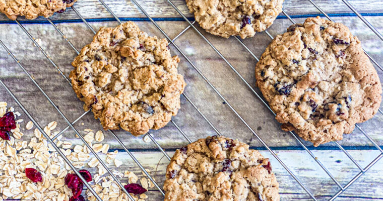 Fresh Oatmeal Cranberry Cookies