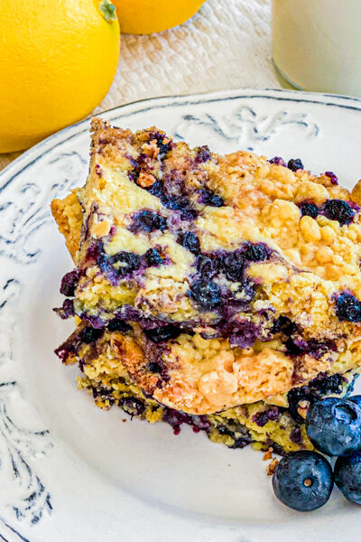 3 Ingredient Blueberry Dump Cake