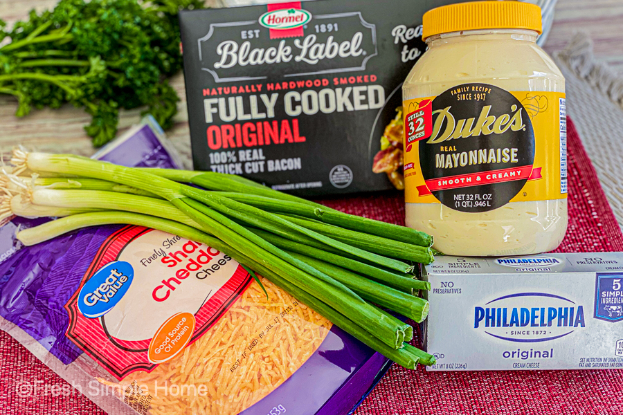 The ingredients for the Creamy Bacon Cheddar Dip.