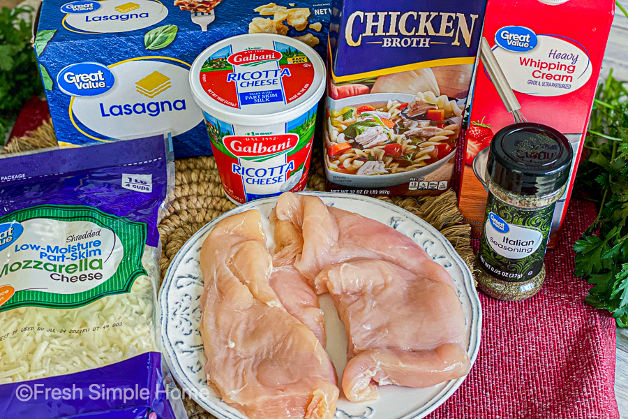 The ingredients for the Creamy One Pan Chicken Lasagna laid out on a table.